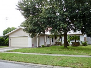 Seminole Pool Home For Sale | 12160 92nd Ave N